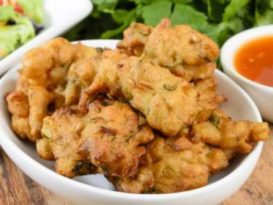 Pakora: Savoury Indian Snacks for All Times