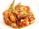 Green lipped mussels with haricot bean & chorizo sausage