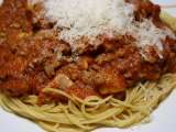 Recipe Spaghetti with mushroom, zucchini and meat sauce