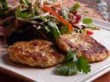 Recipe Asian chicken patties with salad