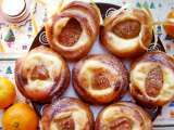 Recipe Cottage cheese-apricot rolls