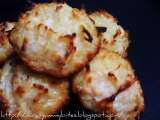 Recipe Eggless cocunut macaroons / thengai biscuits