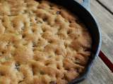 Recipe Giant chocolate chip cookie baked in a cast iron skillet