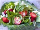 Recipe Strawberry, lettuce, pak choi, and pepper salad