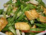 Recipe French beans stir-fried with tofu and squids