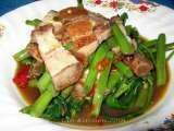 Recipe Stir Fried Swamp Cabbage with Crispy Pork (Pad Pak Boong Mou Krob)