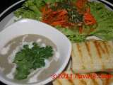 Recipe Mushroom soup (with salad and grilled bread slices)