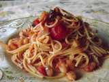 Rustic tomato sauce with roasted peppers and cannellini beans