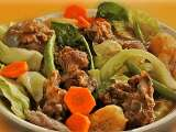 Recipe Boilar boney-boney con goolash (boiled pork bones dumped with veggies)