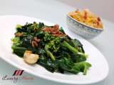 Recipe Chinese stir-fry kale with oyster sauce and dried shrimps