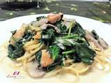 Recipe Creamy chicken pasta with baby spinach