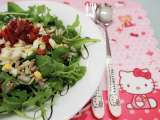 Recipe Healthy rocket salad with bacon and eggs