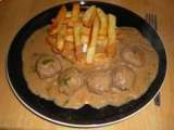 Recipe Meat balls in a creamy coriander sauce and oven fries ( better t
