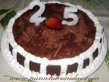 Recipe Chocolate cake with strawberry filling