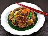 Recipe Char kway teow/fried flat rice noodle
