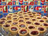 Recipe Mini-linzer torte cups for your christmas cookie tray