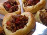 Recipe Vegan sausage and red pepper puff pastry heart tarts