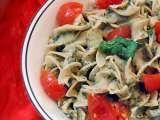 Recipe Pasta with tomatillo cream sauce