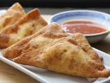 Recipe Crab rangoon: crab and cream cheese in wonton wrapper