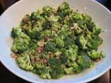 Recipe Paula deen's lean: almond ~ raisin ~ broccoli salad