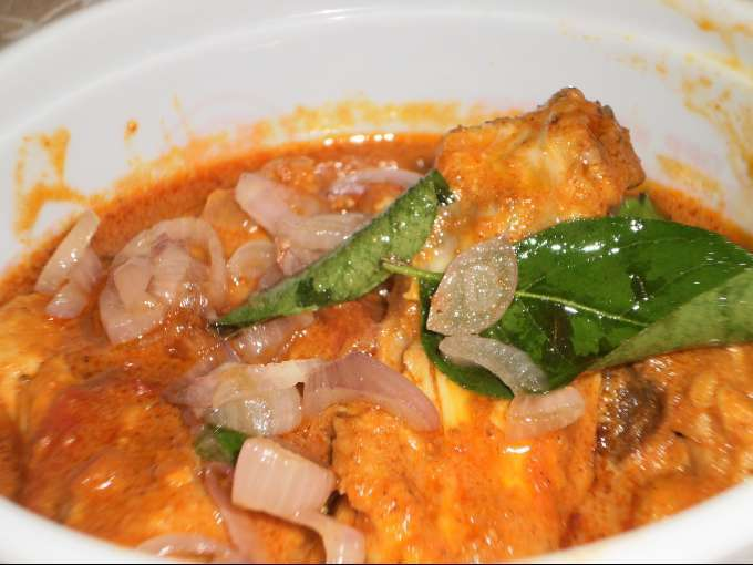 Chicken baffad curry recipe with coconut milk and roasted spices