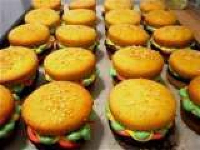 The Perfect Bbq Dessert Cupcake Burgers By Pardon My Crumbs