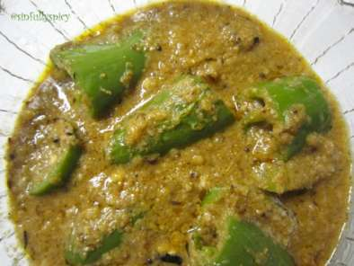 Recipe For spice lovers:mirchi ka salan/green chillies in peanut-sesame sauce