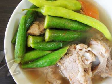 Recipe Sinigang na buto-buto ng baboy (pork bones in tamarind broth)