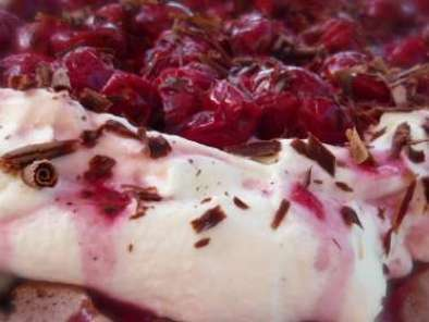 Recipe Chocolate pavlova with sour cherry