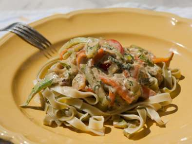Recipe Tagliatelle with vegetable-cheese sauce