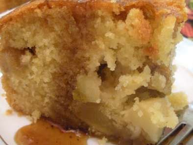 Recipe Apple butter cake with cream caramel sauce