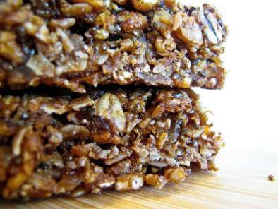 Recipe Molasses ginger granola bars