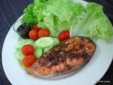 Recipe Balsamic-glazed salmon