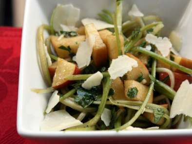 Recipe Shaved celery and apple salad with honey-lemon vinaigrette