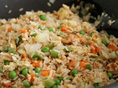 Recipe How to cook brown rice - vegetarian fried rice and kimchi fried rice recipes