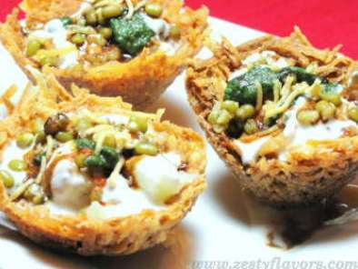 Recipe Lachha tokri- chaat in a crunchy edible bowl!