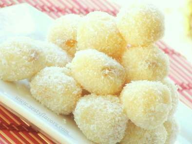 Snow white coconut ladoos