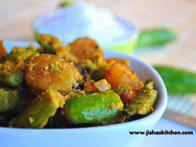 Recipe Kovakka chemmeen thoran / ivy gourd - prawn stir fry with coconut
