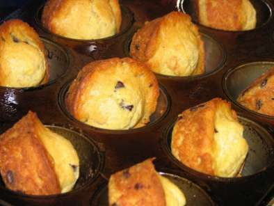 Recipe Recipe for easy gluten-free, dairy-free, tree nut-free, sugar-free coco-banana muffins