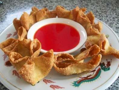 Recipe Crab and cream cheese wontons