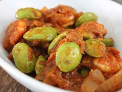 Recipe Sambal petai udang (spicy prawns with stinky beans)