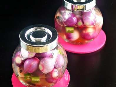Recipe Pickled pearl onions