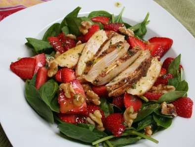 Recipe Spinach-strawberry salad w/ orange-dijon dressing