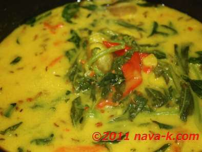 Recipe Potato and spinach curry (alor palak)