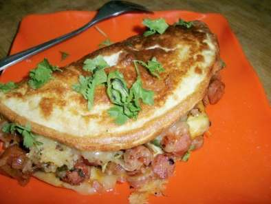 Recipe Fluffy egg omlette with chicken sausage filling