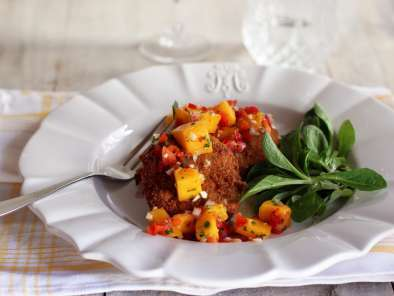 Recipe Crab cakes with mango salsa