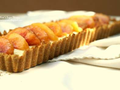 Mascarpone nectarine tart with smoky almond crust