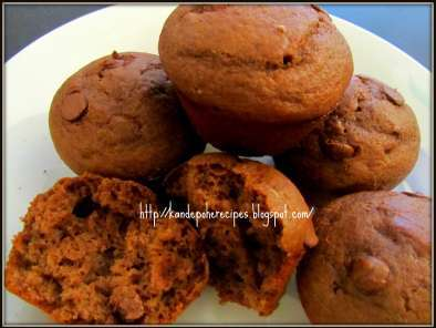 Recipe Wheat banana chocolate chip muffins