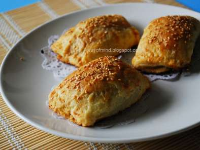 Recipe Baked barbecued pork puffs (char siu puffs/su)