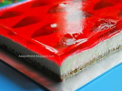Jelly hearts cheesecake